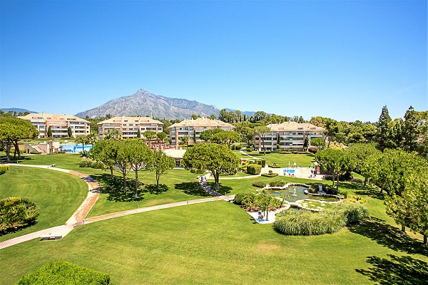 Homes For Sale in La Trinidad, Marbella Golden Mile. | SpainForSale.Properties Luxury Real Estate For Sale & Rent.