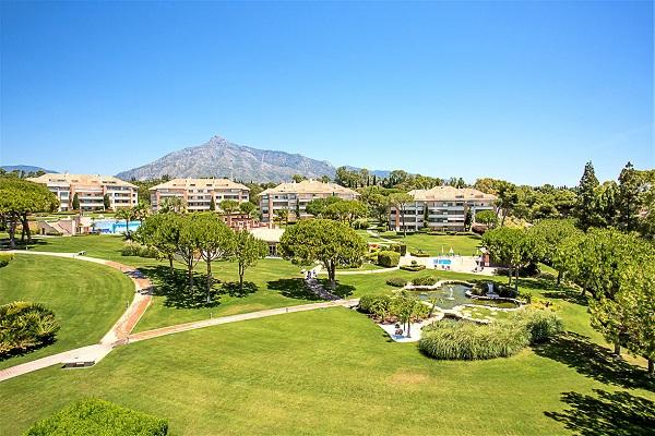 Homes For Sale in La Trinidad, Marbella Golden Mile. | SpainForSale.Properties Luxury Real Estate For Sale & Rent.