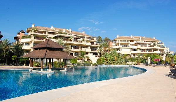 Homes For Sale in Oasis de Banus, Marbella s Golden Mile.   SpainForSale.Properties Luxury Real Estate For Sale & Rent.
