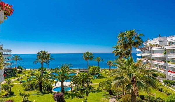 Apartments For Sale in Playa Esmeralda, Marbella Golden Mile. | SpainForSale.Properties Luxury Collection.