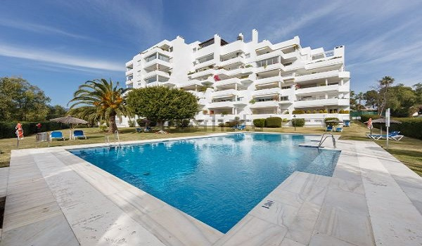 Apartments For Sale in Quetzal, Guadalmina Alta, Marbella.   SpainForSale.Properties Luxury Real Estate For Sale & Rent.
