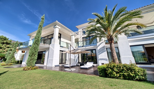 Villas For Sale in Altos Reales, Marbella. | SpainForSale.Properties Luxury Collection.
