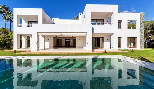 Villas For Sale in El Paraiso Barronal, Estepona. | SpainForSale.Properties Luxury Collection.