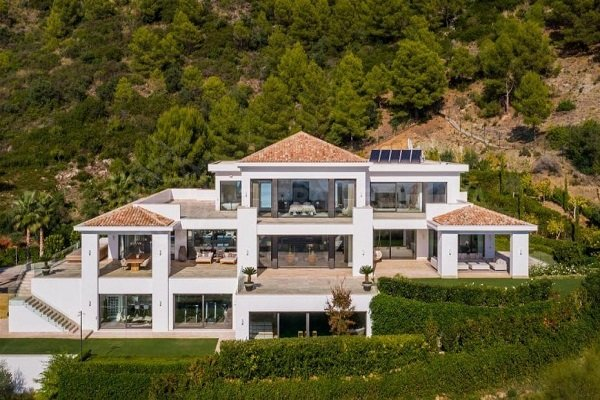 Properties for Sale in Cascada de Camojan, Marbella | SpainForSale.Properties Luxury Real Estate For Sale & Rent.